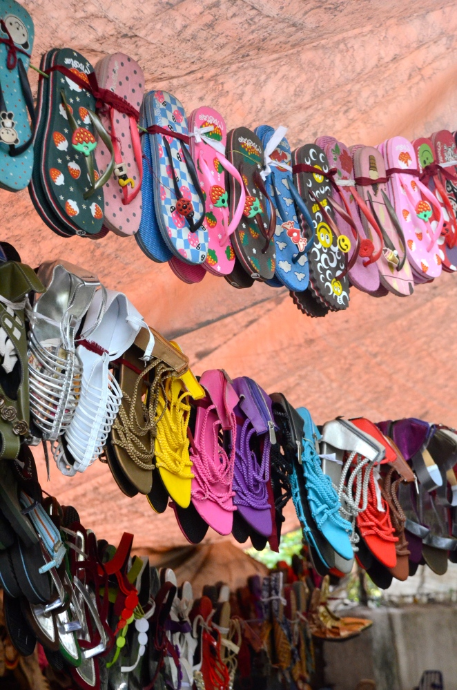 Quaint Parsi bakeries & the heritage feel: Pune wanderings- Apr 19, 2012 (4/6)