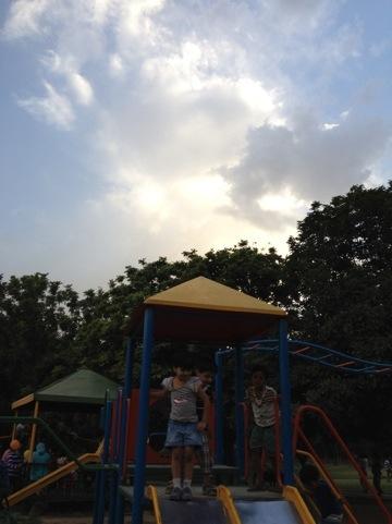 20120520-220905.jpg