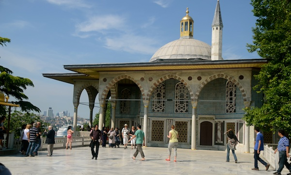 Topkapi Palace, Museums, Blue Mosque and whirling dervishes! Istanbul Day 3- June 2012  (6/6)