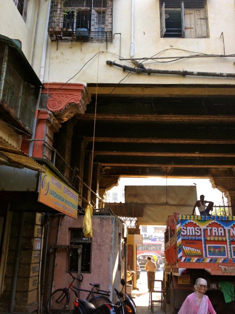 Busy streets, quiet insides: Peeking into chawl  life in Parel, Mumbai (6/6)