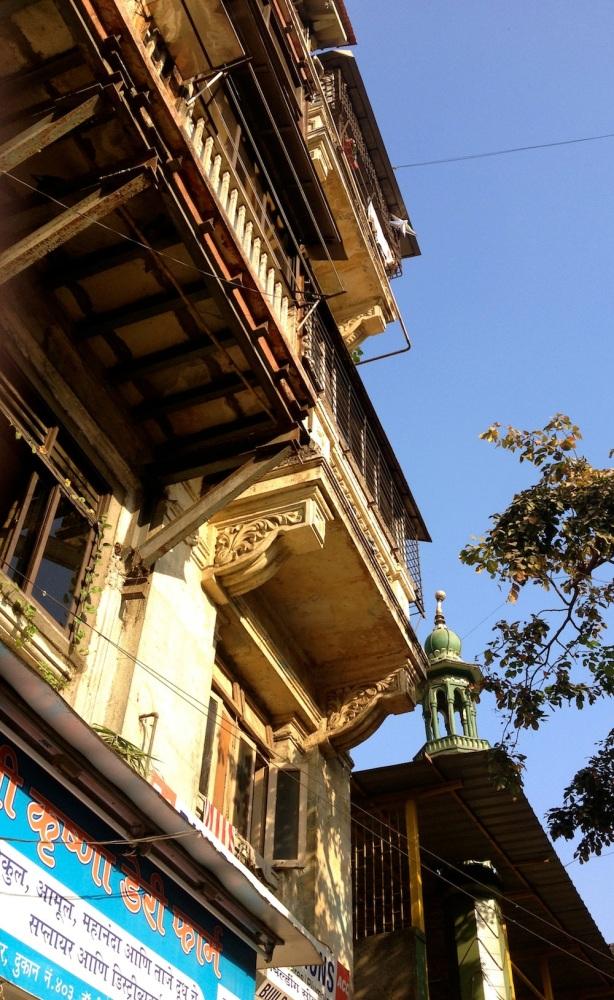 Busy streets, quiet insides: Peeking into chawl  life in Parel, Mumbai (3/6)