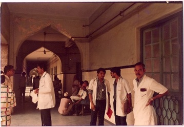 The KEM Mumbai days, the white coated doc...how he loved his work! Round about 1983?