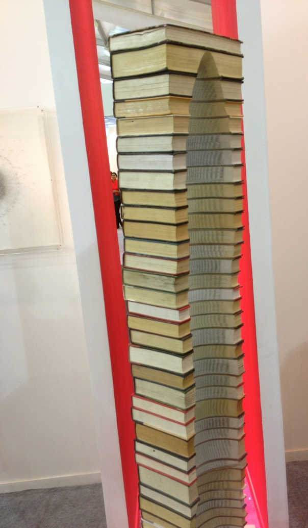 An absolutely lovable idea with old books!