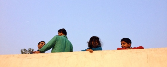 Early morning gup-shup! Multiple terraces being enjoyed