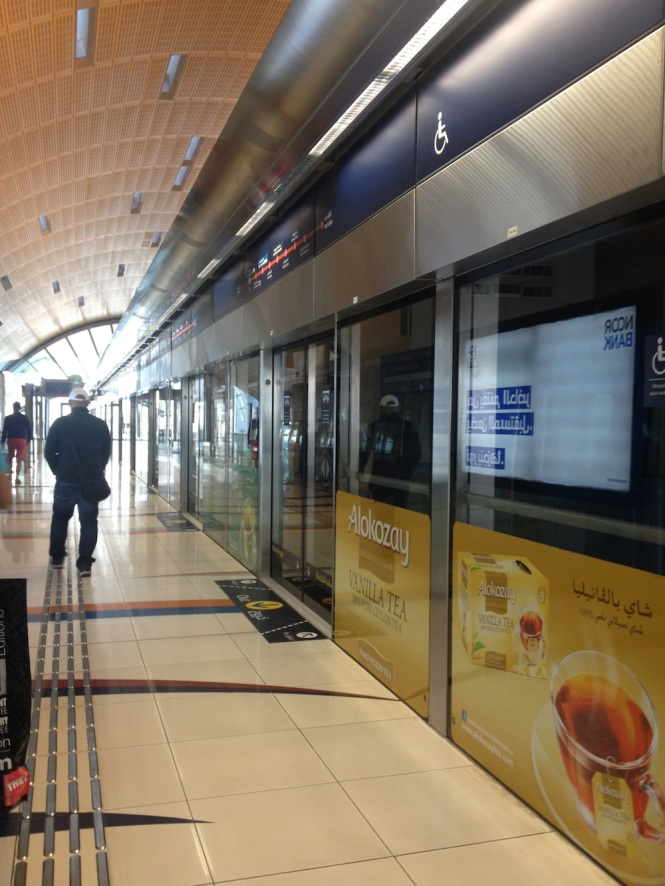 It's strange how mass transit has begun to define your experience of a new city. The Dubai Metro, though limited in coverage, is simple to use. I wish metro experts in India would think to have these sort of protection screens at the platform edges on stations!