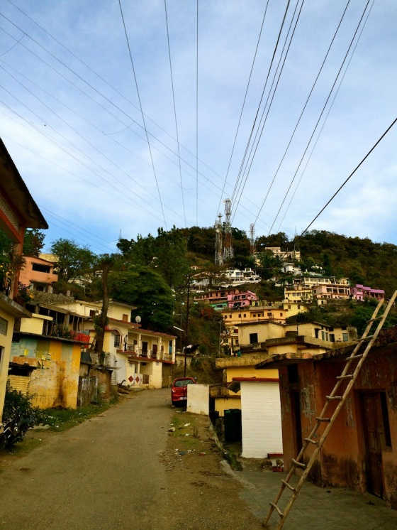 Criss-cross wires and a typical hill town view, albeit much less crowded than any other I've been to!