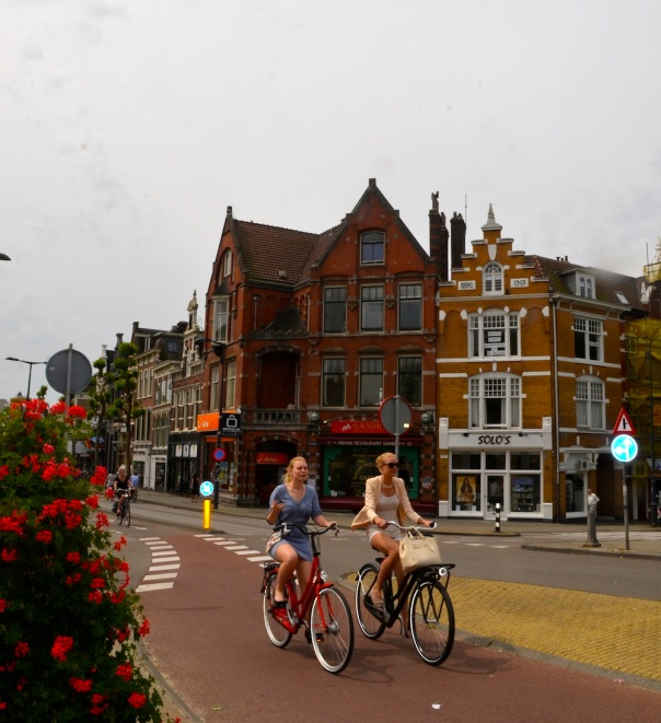 This is the sort of image that stays in your mind long after you leave Holland- cycles, people enjoying the outdoors, heritage and very well-designed road infrastructure!