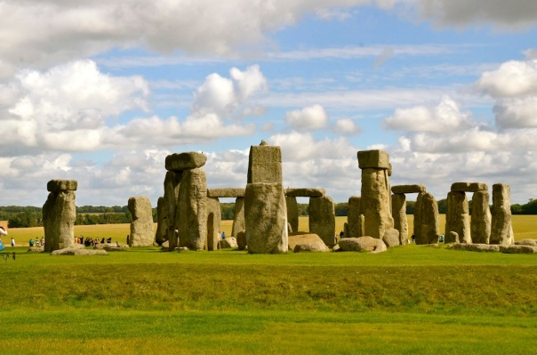 Looks different from every angle. As you move around it, Stonehenge transforms