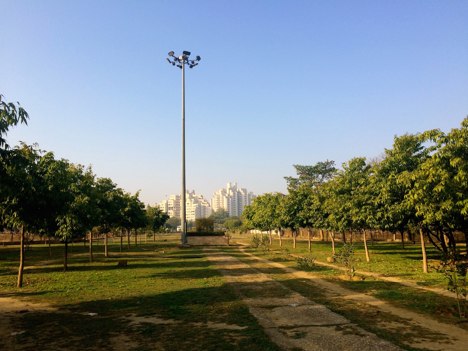 It's green and relatively clean, but deserted. One of the smaller parks in Leisure Valley