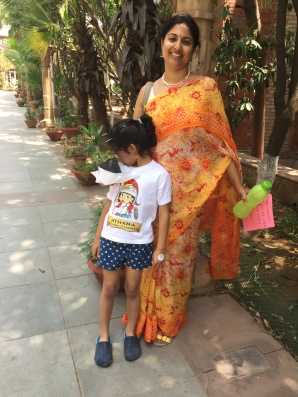 Day 10 ‪#‎100sareepact‬ I wore this floral chiffon for Udai's school exhibition. Bought in Chandni Chowk years ago, it never fails to brighten my day.
