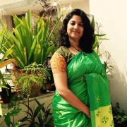 Day 31 ‪#‎100sareepact‬ Thrilled to wear this bright green and yellow handloom cotton with hand done phulkari work. Borrowed from mum's wardrobe.