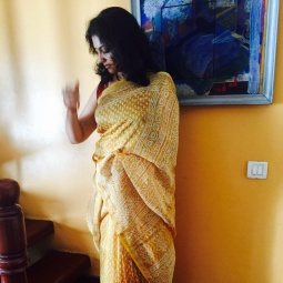 Day 58 ‪#‎100sareepact‬ Wearing a rich mustard coloured Chanderi cotton today from Amma's wardrobe. Also a repeat on the pact because I've been wanting to wear all the chanderis I love before I usher in the silks in winter. Chanderis are a victory for me because for the longest time I didn't wear them thinking they make me look fat! The pact has given me the confidence to view sarees from the perspective of how they make me feel rather than how they make me look! And that's a huge achievement. Now to apply that philosophy to everything else I do
